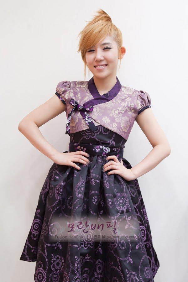 Korean fusion wedding dress pictures